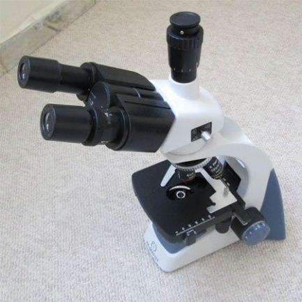 نمایی دیگر از میکروسکوپ سه چشمی بیولوژی 1600 برابر مدل KE-M2015T-Plan