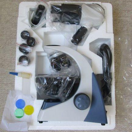 محتویات بسته بندی میکروسکوپ سه چشمی بیولوژی 1600 برابر مدل KE-M2015T-Plan