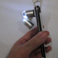 نصب میکروسکوپ موبایل 60 برابر دارای کلیپس مخصوص - Universal-Clip-Type-LED-Cellphone-Microscope-60X
