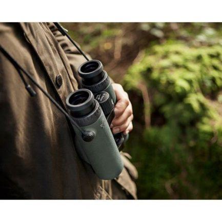 حمل دوربین شکاری فاصله یاب دار زاواروسکی مدل Swarovski EL Range 10x42
