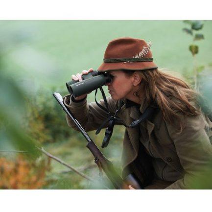 مشاهده طبیعت توسط دوربین شکاری کاربردی زاواروسکی مدل Swarovski SLC 8x42 HD