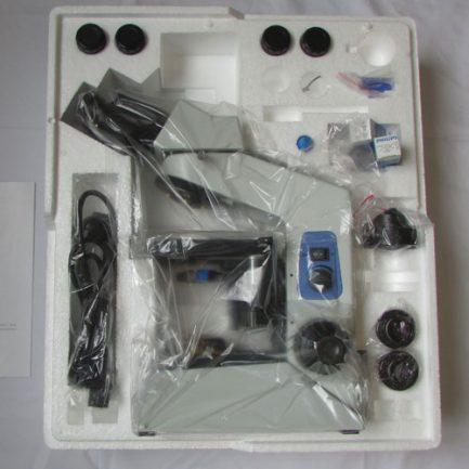 محتویات پکیج میکروسکوپ بیولوژی 1600 برابر حرفه ای طرح المپیوس CX21