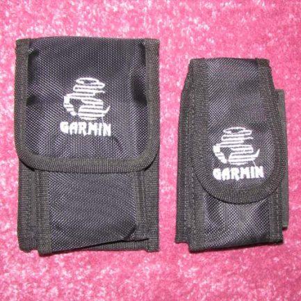مقایسه ابعاد کیف کوچک جی پی اس و کیف بزرگ چی پی اس گارمین
