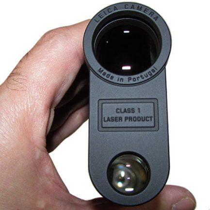 نمای لنز جلویی مسافت سنج لایکا مدل Rangemaster 2000-B