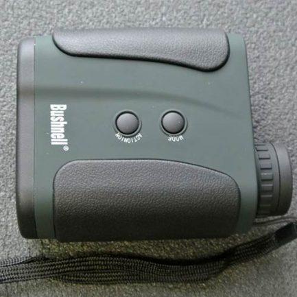 کلید های فاصله یاب بوشنل 1200 متری مدل bushnell rangefinder 7x32