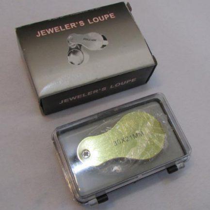 بسته بندی لوپ دستی چراغدار 30 برابر با قطر عدسی 21 میلیمتر