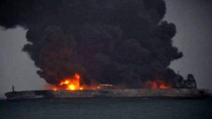نفتکش سانچی بیش از یکهفته در آتش میسوزد