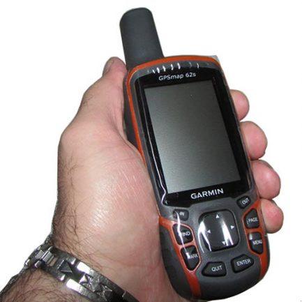 مشاهده ابعاد جی پی اس دستی گارمین مدل ۶۲ اس Garmin GPSMap 62s