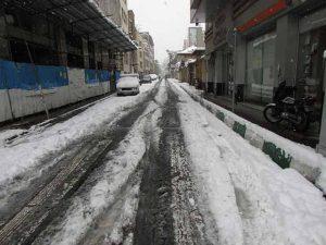 خیابانهای سفید پوش شده مرکز شهر