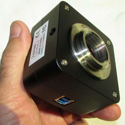 نمایی نزدیک از بدنه سی سی دی مخصوص میکروسکوپ پورت usb3
