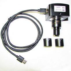 نمایی دیگر از اتصال کابل usb به microscope ccd camera usb3 5mp بهمراه رابط های آن