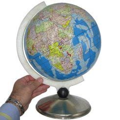 ابعاد مدل کره زمین با قطر ۳۰ سانتیمتر زبان فارسی
