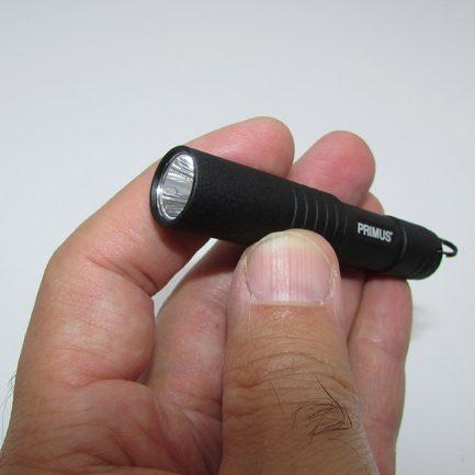 نمای لامپ اصلی چراغ قوه کوچک و قوی پریموس مدل Primus PrimeTorch 101
