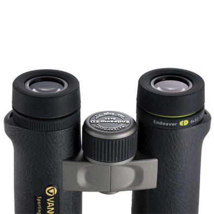 نمای چشمی های واید دوربین ونگارد مدل Endeavor ED 8X32