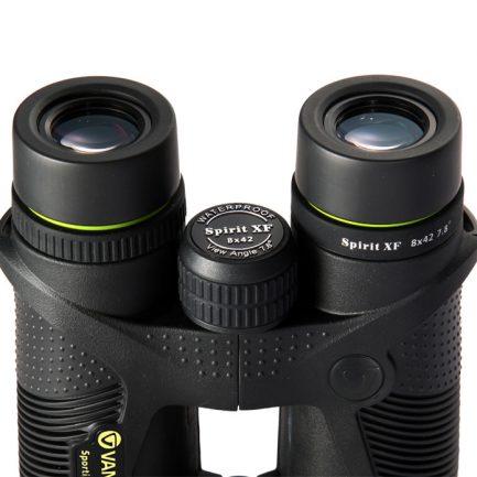 نمای عدسی های چشمی دوربین شکاری ونگارد مدل Spirit XF 8X42